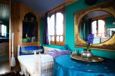 Scottish Borders wedding accommodation - Roulotte Retreat - beautiful gypsy caravan