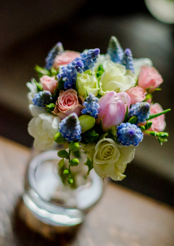 Get Knotted Flowers Table Centrepieces